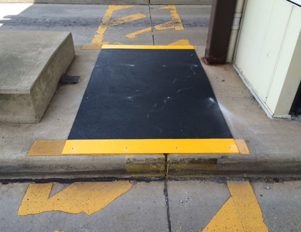 Non-Slip Fiberglass Walkway Panel Application