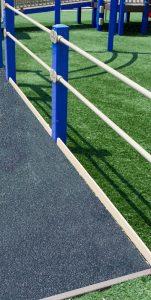 Black Medium Grit Fiberglass Walkway Playground Ramp